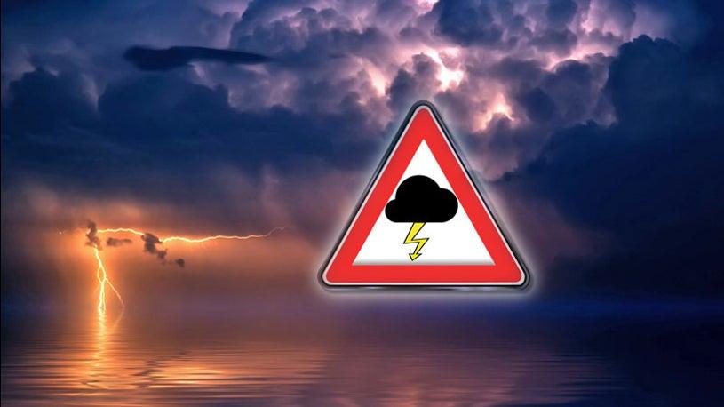 Unwetter und Dauerregen: Tief Zlatan bringt Kaltfront zu uns