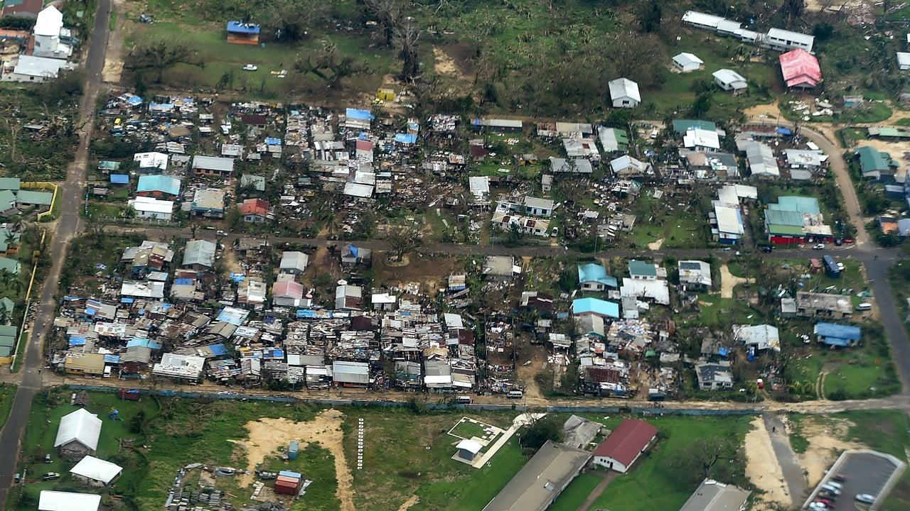 cyclone pam flattens vanuatu  rescue teams report