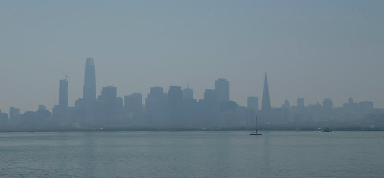 Hazy/smoky San Francisco skyline, 9/1/2017
