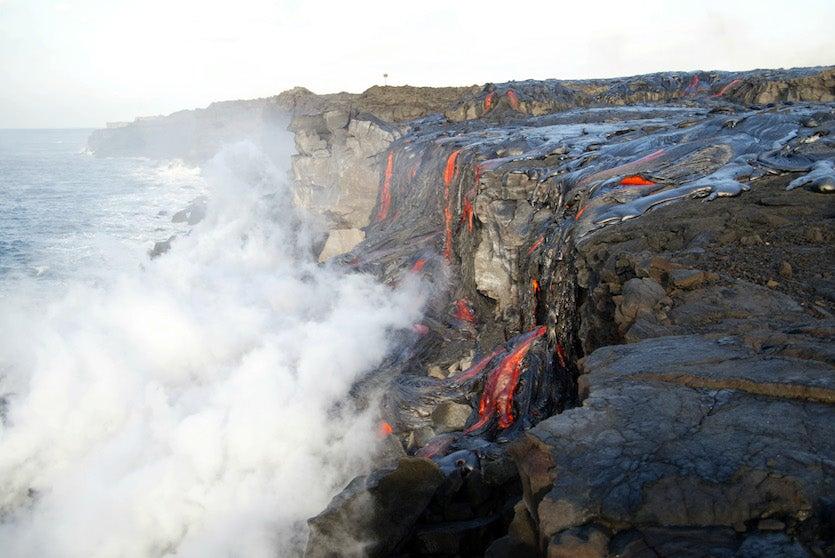 Lava from Mt. Kilauea hits ocean in Hawaii, 2002
