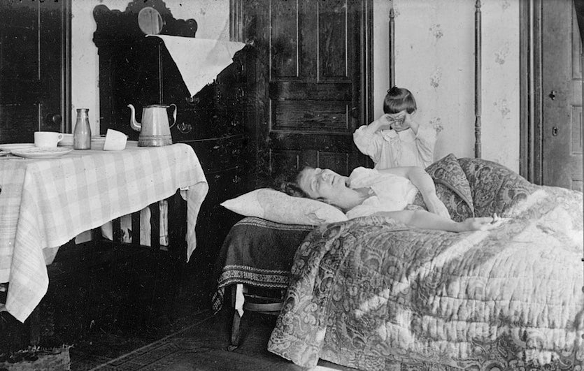 A flu-stricken U.S. woman during the autumn of 1918