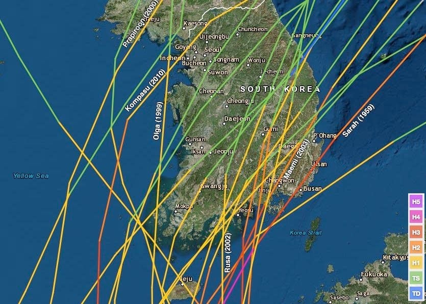 Past tracks of significant tropical cyclones affecting the Korea Peninsula.