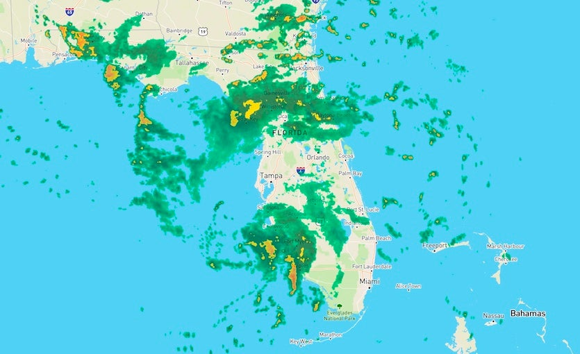 Figure 1. WU depiction of NWS/NEXRAD radar for southern Florida as of 6:48 pm EDT Monday, September 4, 2018.
