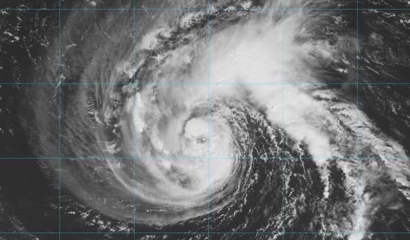 In the Cone: Florence Takes Aim at the Southeast U.S. by Dr. Jeff Masters | Category 6 | Weather Underground